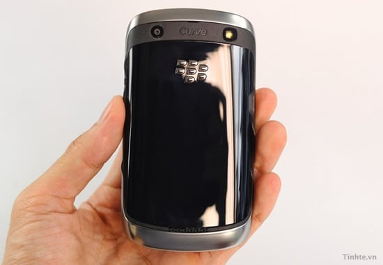 blackberry curve 9370 back