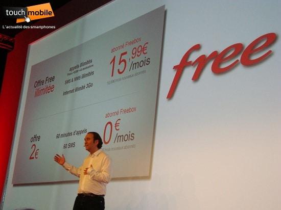 Xavier Niel présente les forfaits Free Mobile