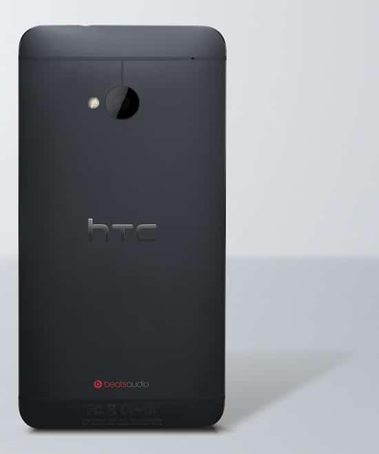 HTC One Noir arrière